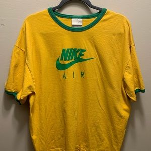 Nike ringer tee in good and green vintage